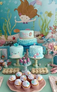 Under the sea mermaid party Little Mermaid Birthday, Little Mermaid Parties, 1st Birthday Parties, Birthday Party Decorations, Mermaid Cakes, Festa Party, Partys, Baby Party, Cookies Et Biscuits