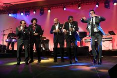 (L-R) Charlie Aponte, Carlos Vives, Oscar D'Leon, Jose Alberto and Marc Anthony perform onstage at BMI's 22nd Annual Latin Music Awards at Fountainbleau Miami Beach on March 31, 2015 in Miami Beach, Florida.