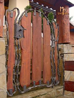 Gorgeous Iron and Wooden Garden Gate Decoration Ideas - Home & Garden