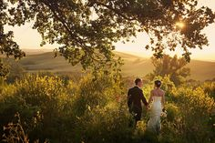 Photographed in Asciano, Siena, Tuscany by Jules Bower of Italian Wedding Photography by Jules