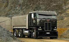 Big Rig Trucks, Dump Trucks, Cool Trucks, Small Trucks, Peterbilt 379, Peterbilt Trucks, Custom Pickup Trucks, White Truck, Custom Big Rigs