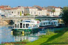 Saint-Savinien on the river Charente