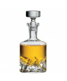 The Beveled Blade decanter is a beautiful hand made spirit decanter that is neither too modern or classical.
