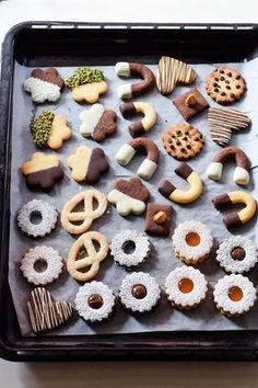 Ideas desserts weihnachten weinachts for 2019 Sweet Recipes, Real Food Recipes, Cookie Recipes, Dessert Recipes, Biscuits, Biscotti Cookies, Italian Cookies, Mini Desserts, Food Gifts