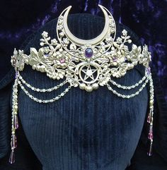 Nature and Floral Crowns http://www.heartsongs-crystal-wands-crowns.com/nature_floral_crowns_tiaras.htm
