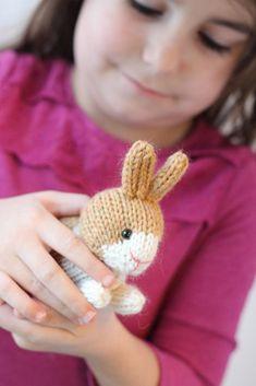 Ravelry: Dutch Rabbits pattern by Rachel Borello Carroll Animal Knitting Patterns, Christmas Knitting Patterns, Crochet Patterns, Large Plastic Easter Eggs, Double Pointed Knitting Needles, Universal Yarn, Plymouth Yarn, How To Start Knitting, Cascade Yarn
