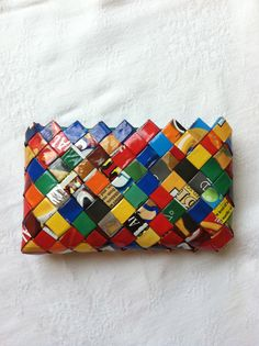 Candy wrapper purse... I want to learn to make these!