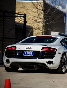 Audi R8- rear view. Now THAT is a nice ass