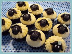 Sheep Cupcakes by Scrumptious Buns (Samantha)