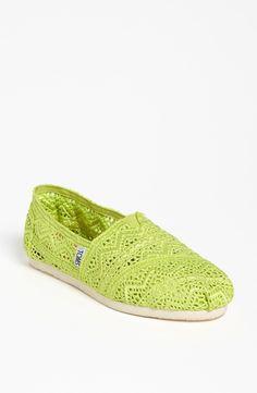 TOMS Classic - Neon Crochet Slip-On
