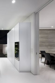 Alnwick road House in Singapore by Park and Associates _