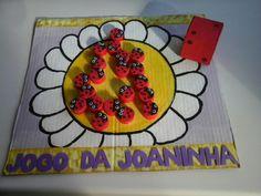 Jogo de Preenchimento:  Jogo da Joaninha feito com papelão e tampas de pet com E.V.A.