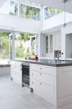 Contemporary Kitchens, Contemporary Kitchens Dublin, Contemporary Kitchens Ireland   Newcastle Design