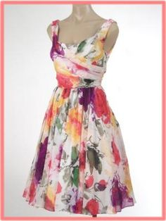 I'm pretty much counting on my entire spring wardrobe to be floral print dresses