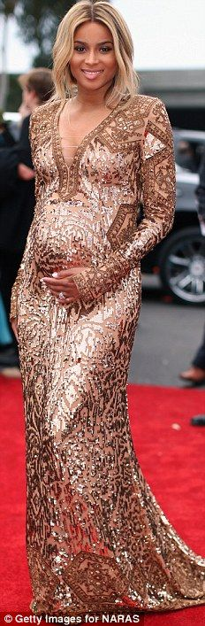 breaks down the 2014 Grammy Awards best dressed list to present the prettiest dresses and the celebs that wore them. Ciara Style, Celebrity Red Carpet, Celebrity Dresses, Gold Dress, Dress Up, Grammy Awards 2014, Daytime Outfit, Pregnant Celebrities, Long Sleeve Gown