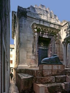 Croatia Total Split - Croatia Total Split - Diocletian's Palace and its Most Visited Attractions