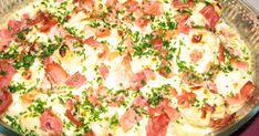 En god liten lunchrätt. Bacon kan bytas ut till halverade skivor bratwurst e.dyl. [recept ullas-grova-brod-2] med en ostskiva på är gott till gratängen. Byt ut blomkålen till broccolli ist och det blir genast lite nyttigare men lika god! Bacon, Bratwurst, Hawaiian Pizza, Lchf, Potato Salad, Sweden, Cauliflower, Food And Drink, Cooking Recipes