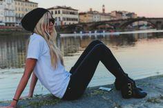 Style Crush of the Week: The Barefoot Blonde   frivolousfringe