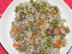 Krumplilángos receptje, amit nagymamáink még a spóron sütöttek Hungarian Recipes, I Want To Eat, Fried Rice, Meat Recipes, Feta, Curry, Food And Drink, Dinner, Cooking