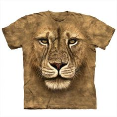 O rei da selva chega até si com a magnífica face estampada nesta T-shirt! Chegou o grande guerreiro às cidades pronto para vencer mais combates! Impressione com a T-shirt Face Leão!  #insania #tshirt #fashion #fashionista  #fashionbloggers