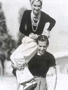 Мода 1920-х годов: тренч, купальник и маленькое черное платье - Культура и Искусство | Общество