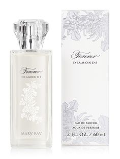 A sophisticated, floral-fruity fragrance that captures every woman's inner radiance and joy. Embrace Every Moment™. Top notes include sparkling Golden Peach, Jasmine Petals and Diamond Orchid. Middle notes include Tuberose Absolute, Heliotrope and Apricot. Bottom notes include creamy Vanilla Bean and White Amber.