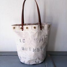 This bag is 40's or 50's RAF(Royal Air Force) UK vintage canvas remake bucket style tote bag.  IND_BNP_00122_RAF W 44cm H 38.5cm D27cm Handle 57cm