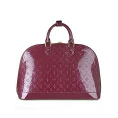 c2826387a79c Order for replica handbag and replica Louis Vuitton shoes of most luxurious  designers. Sellers of replica Louis Vuitton belts
