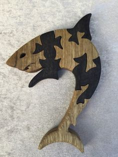 Wooden Door Signs, Intarsia Patterns, Animal Puzzle, Intarsia Woodworking, Scroll Saw Patterns, Puzzle Toys, Creative Play, Wooden Puzzles, Wood Toys