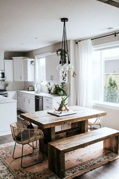 This is another bohemian style kitchen decor idea that is filled completely with various colors and patterns in it. The … # This is another bohemian style kitchen decor idea that is filled completely with various colors and patterns in it. Küchen Design, Home Design, Design Ideas, Inviting Home, Small Dining, Small Kitchen With Table, Kitchen Table Bench, Kitchen Dining, Kitchen Decor