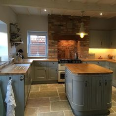 Over the years, many people have found a traditional country kitchen design is just what they desire so they feel more at home in their kitchen. Home Decor Kitchen, Rustic Kitchen, Kitchen Furniture, Antique Furniture, Modern Furniture, Furniture Ideas, Kitchen Ideas, Rustic Cafe, Rustic Logo