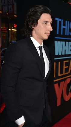 Adam Driver Photos - Actor Adam Driver arrives at the premiere of Warner Bros. Pictures' 'This Is Where I Leave You' at TCL Chinese Theatre on September 2014 in Hollywood, California. - 'This Is Where I Leave You' Premieres in Hollywood — Part 2 Starwars, Adam Driver Tumblr, Adam Sackler, Kylo Ren Adam Driver, Emo Guys, Famous Men, Reylo, Celebs, Celebrities