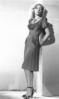 Late 2940's-50's movie star Gloria Grahame looking quite sexy (if youve ever seen the 50's movie Oklahoma she played Ado Annie).
