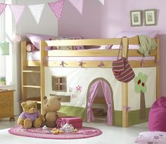 I will be making (something like) this for Layla's new bunk.  SO CUTE.