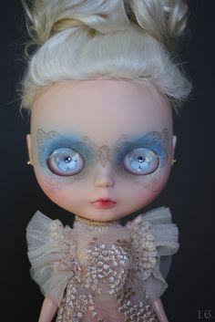 puppet: Absolem by I.G. (Sirenita) on Flickr.
