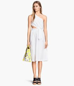 Absolutely in love with this white one shoulder dress from H&M for $69.95 - if it's still in my size in a month I have to get it <3