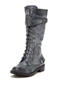 fab lace up combat boots Sock Shoes, Cute Shoes, Me Too Shoes, Awesome Shoes, Dream Shoes, Crazy Shoes, Dark Fashion, Autumn Fashion, Lace Up Combat Boots