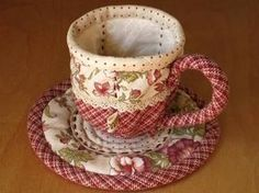 Tea cup, saucer and teapot pattern and tutorial.