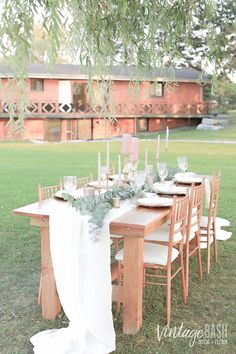 Simple, rustic but elegant! Great idea for weddings, head table and other enchanted forest / rustic-themed events. Click the PIN for more photos.