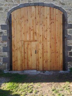 Portes de grange sur pinterest quincaillerie de porte de - Quincaillerie porte de grange ...