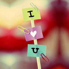 - Amor... ¿Por qué nunca me decís que me querés?  - Porque quería que vos me lo digas primero :$  - aaaa *-* Te quiero muchooo(L)  - Te quiero máaasssss <3  - ¿Hace cuánto me lo hubieses dicho?  - Hace mucho :):)