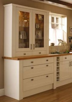 Burford Gloss Cream - Burford - Kitchen Families - Kitchen Collection - Howdens Joinery Cabinet and drawers