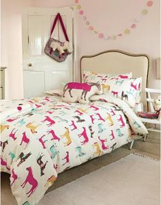 Joules Girls Horse Play Duvet Cover, Cream. You loved our bright pony print so much we've added it to our bedding range. Guaranteed to make bedtime a breeze for pony loving princesses.