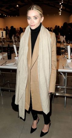 Olsens-Anonymous-Blog-Ashley-Olsen-Twins-How-To-Style-Camel-Coat-Oversized-Neutral-Scarf-Black-Turtleneck-Sweater-Leather-Pants-Slingback-Heels