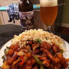 Post workout/ intra ironing meal:  Crispy shredded chicken Szechwan with yung chow fried rice and a sheep stealer ale.  Pre holiday Chinese takeaway kicking off a much overdue 2 week deload / untracked diet break  #intermittentfasting #fasting #if #healthy #eatbig #bodybuilding #nutrition #workout #leangains #iifym #ifitfitsyourmacros #fit #protein #leangainsmeals #diet #eatclean #foodporn #cleaneating #instafood #healthyeating #fitness #gym #meal #Chinese #shreddedchicken #Szechwan…