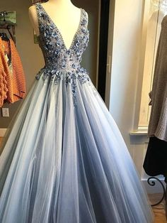 Description: *** Customer service email: sweetdressy@outlook.com ***when you order please leave your phone number for shipping needs.(this is very important ) Elegant Prom Dresses, Formal Evening Dresses, Short Dresses, Formal Prom, Wedding Dresses, Tulle Prom Dress, Grey Prom Dress, Custom Dresses, Party Gowns