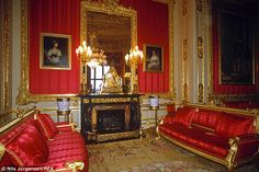 From the Buckingham Palace Throne room to the Green Drawing Room at Windsor Castle, here are Queen Elizabeth's most resplendent rooms. Windsor Palace, Windsor Castle, Royal Palace, Buckingham Palace, St Georges Hall, The Royal Collection, Throne Room, Royal Residence, England