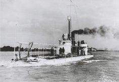 """SMS """"Leitha"""" - pierwszy w Europie monitor rzeczny, równocześnie najstarszy zachowany rzeczny pancernik. W 2009 roku okręt został odrestaurowany przez Fundację Zoltána Gőzösa i od 20 sierpnia 2010 roku można go oglądać jako okręt-muzeum"""