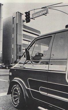 Custom Dodge cruisn #vans #trucks #dodge Dodge Ram Van, Chevy Van, Lifted Van, Volkswagen, Gmc Vans, Old School Vans, Vanz, Day Van, Panel Truck