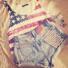 American muscle crop top & perfect shorts